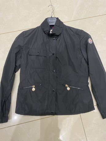 Moncler куртка ветровка s