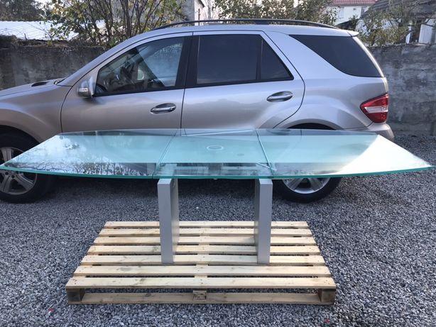Stół  renomowanej niemieckiej firmy meblowej Ronald Schmitt K 5000  ok