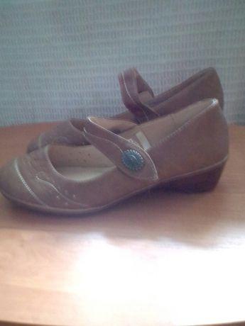 Симпатичные удобные туфельки