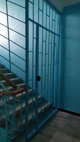 Двери  металлические , подъездные, тамбурные, кладовки, двери-решетки