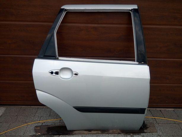Ford Focus MK1 Kombi 98-04 - Drzwi tył tylne prawe lak. O8 08