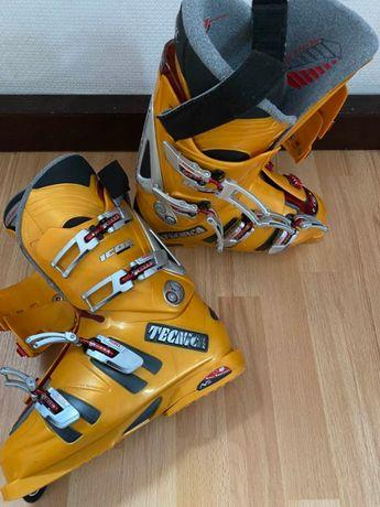 Лыжные ботинки TECNICA ICON 42 р (27см)
