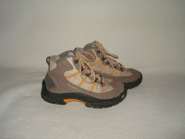 Quechua фирменные демисезонные термо- ботинки