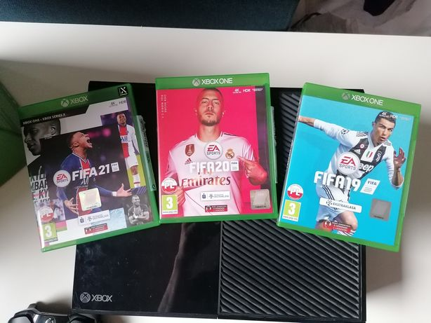 Xbox One 500 gb+gry
