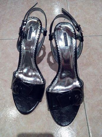 Sandálias Senhora Nº 39 como novas