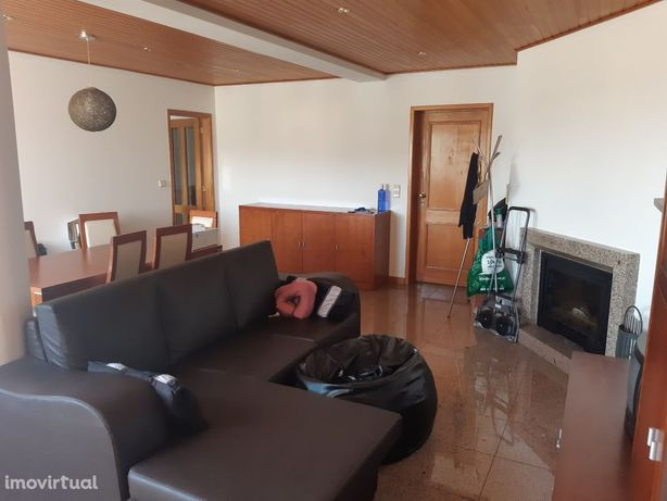 Apartamento T2 mobilado em Ferreiros - Braga