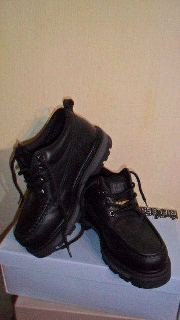 полуботинки-ботинки бренд кожа CAT Us 7(40)25см.