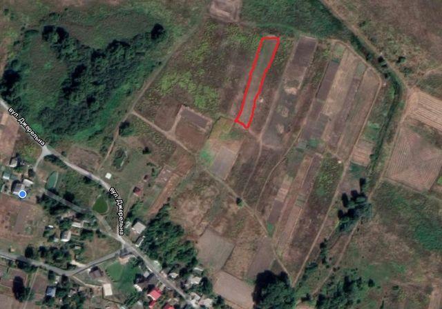Продам земельну ділянку під будівництво в селі Іванків