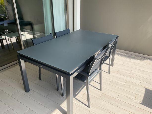 Mesa outdoor extensível + 4 cadeiras