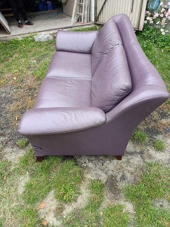 Sprzedam sofę skórzana.