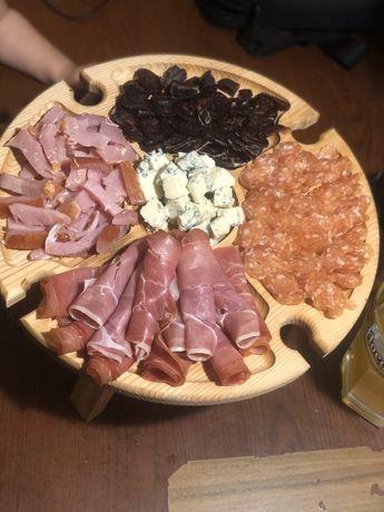 Винный столик посуда тарелка пивная досточка дерево