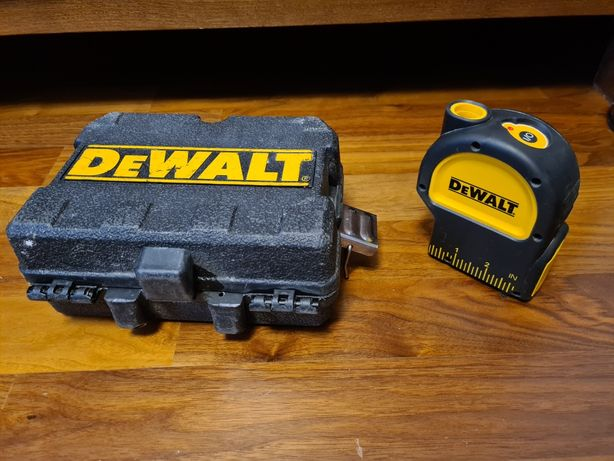 Niwelator Dewalt dw082