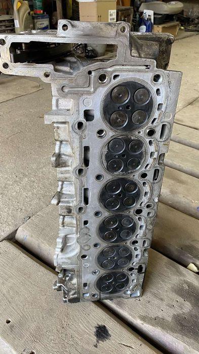 Головка блока BMW X5 E70 3.0D Турбов - изображение 1