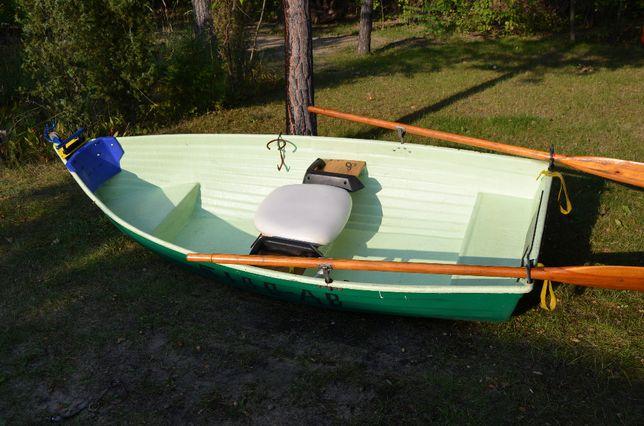 łódź wedkarska ,,KARAŚ