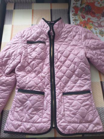 Курточка стеганная 42р
