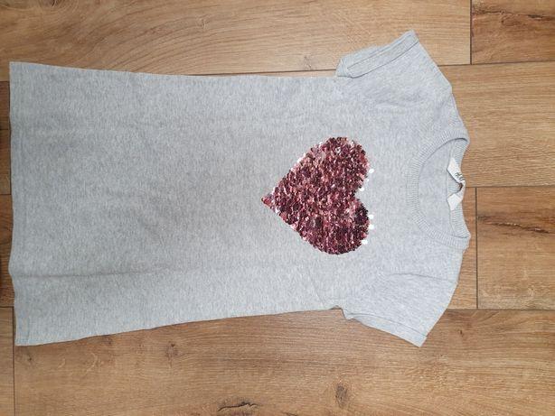Sukienka z aplikacja z cekinek