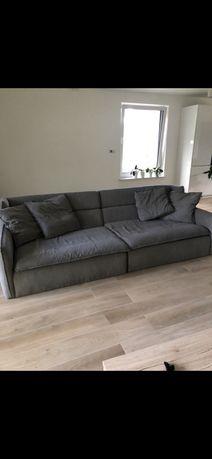 Wielka ładna zadbana sofa