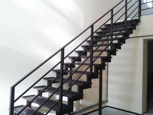 Лестницы любой сложности под заказ. Изготовление и разработка.