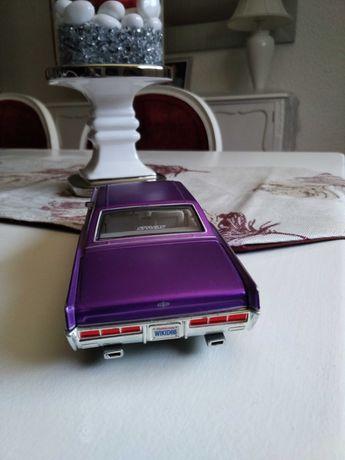 Rara Miniatura carro Lincoln continental