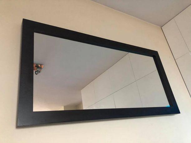 lustro w drewnianej ramie wenge