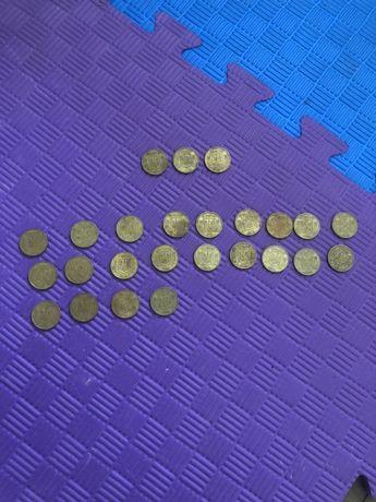 Продам монеты 50 коп 92 года