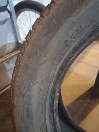 Opony zimowe Michelin 215/60/16 100 zł