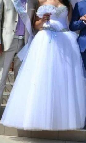 Продам свадебное платье ,не венчалась