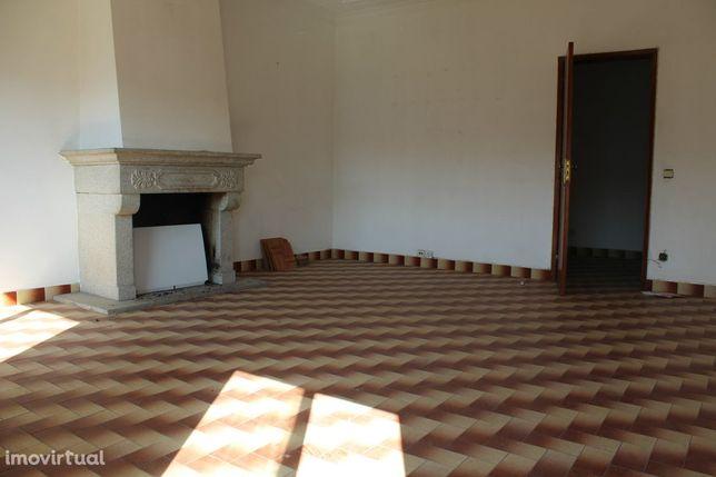 Apartamento T3 Venda em Alcains,Castelo Branco