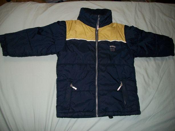 Куртка, курточка на мальчика, на синтепоне. На 3-4 года (110см)
