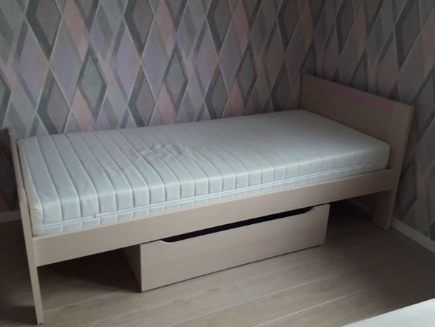 Łóżko+materac+szafka nocna Wójcik FAN FARO