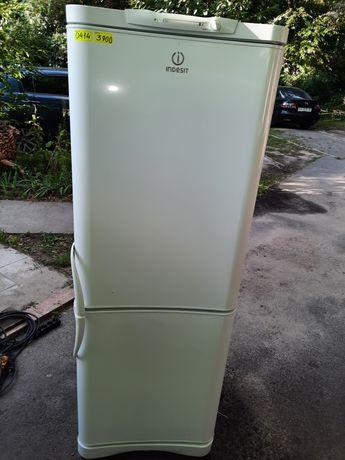 Холодильник Indesit б.у., гарантія, доставка, Київ.