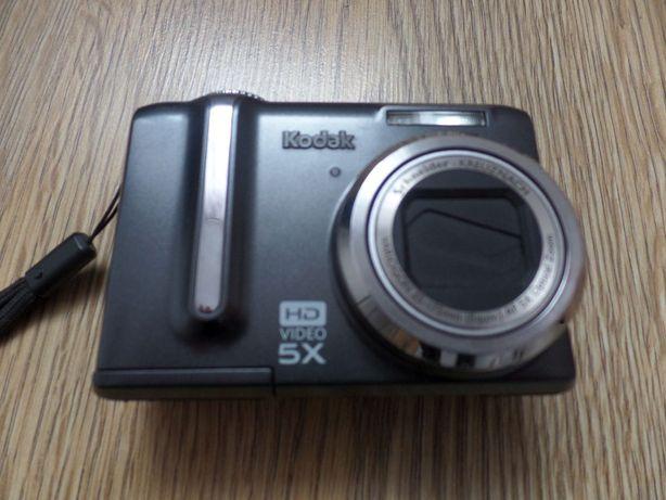 Aparat cyfrowy Kodak Easyshare Z1285 12 MP + etui