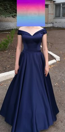 Випускное вечернее платье.