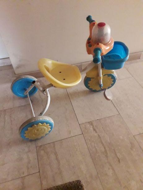 Rowerek dziecięcy 3-kołowy.