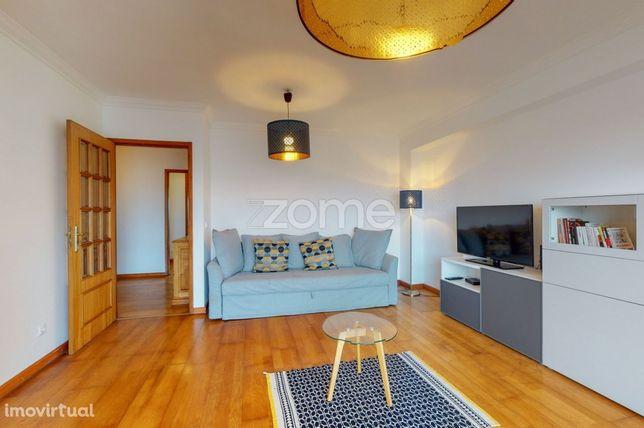 Apartamento T2+1 junto à Universidade Lusíada, Porto