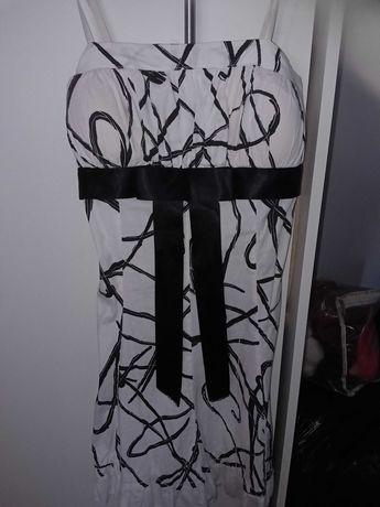 Sukienka z kokarda