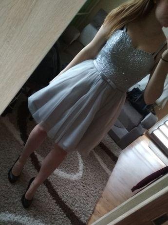 Sukienka princeska tiulowa gorsetowa