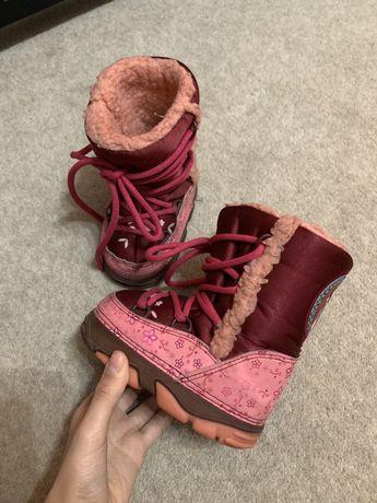 Сапоги ботинки унты угги для девочки Disney