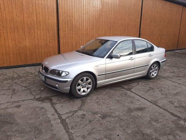 Samochód BMW 320