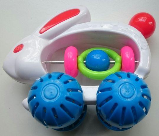 zabawka dla maluszka-zajączek