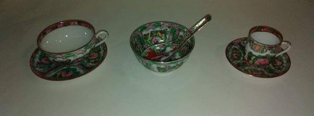 Conjunto antigo de loiça decorativa em porcelana chinesa