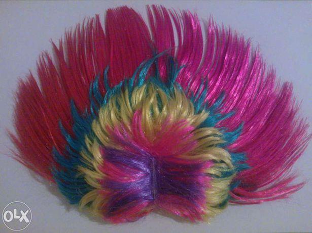 Peruca - crista, com várias cores - Nova