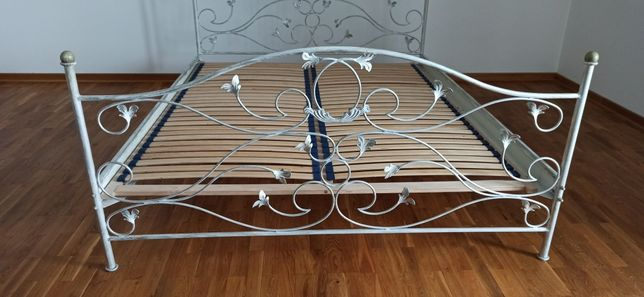 Łóżko 160x200 metaloplastyka