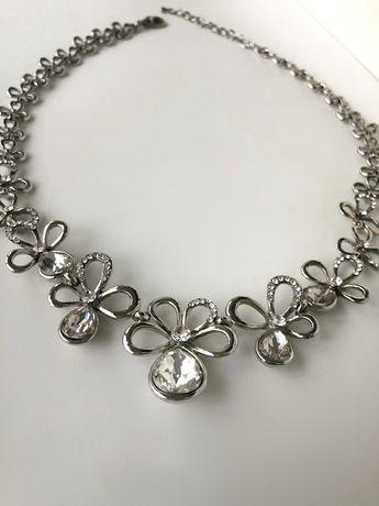 Ожерелье украшение,колье, бижутерия . Новое