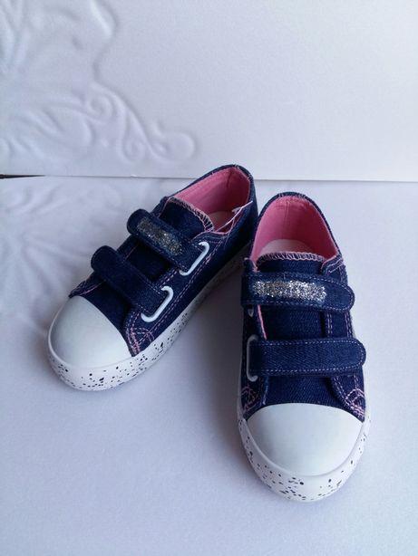 Кроссовки,кеды,туфли новые,р28-17см