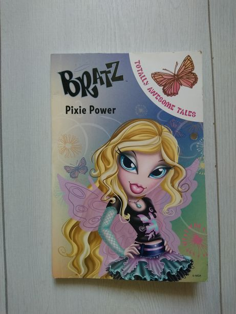 Книга на англійській мові Bratz Pixie Power