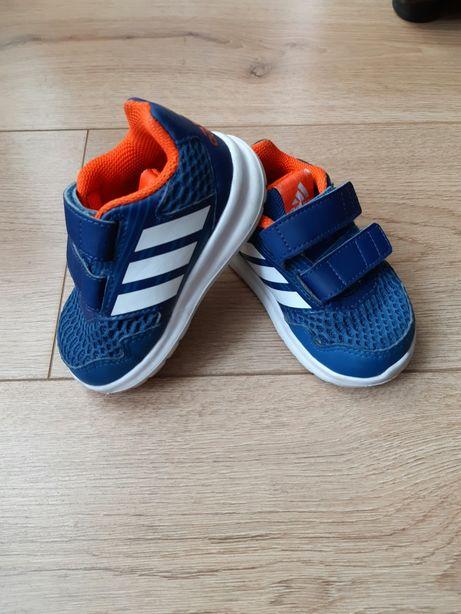Оригинальные кроссовки Adidas в идеале. 20 размер