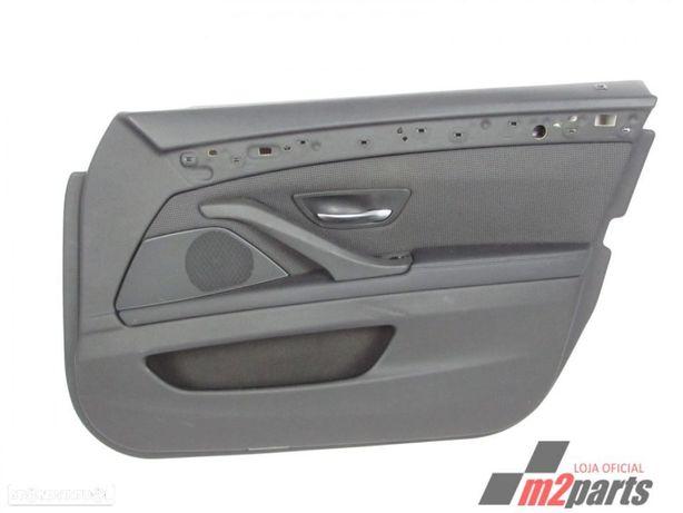 Forra da porta EM TECIDO Cor Unica Direito/Frente BMW 5 (F10)/ALPINA D5 (F10)/AL...