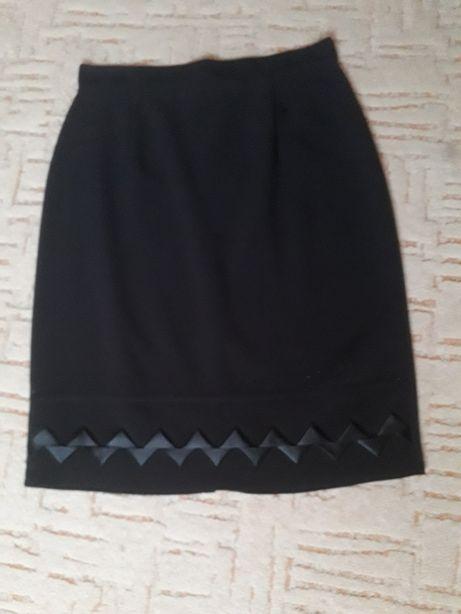 Школьная юбка по колено