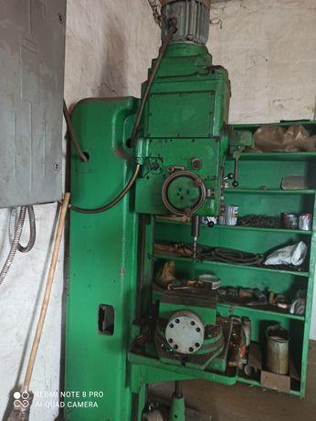 Станок сверлильный  2н125 и точильно - шлифовальный станок 3к634
